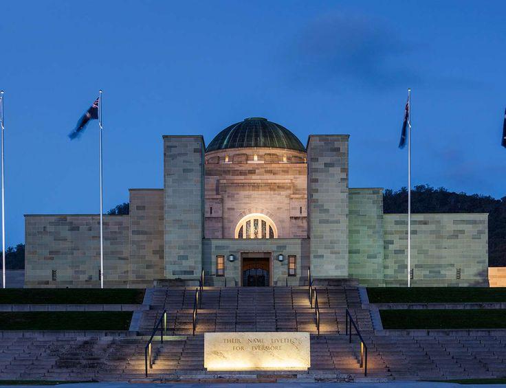 Hace su entrada en la lista este increíble (e inspiracional) edificio de 1941 en el que se rinde homenaje a todos los soldados australianos que perecieron defendiendo los intereses de su país. El monumento se divide en tres partes: área conmemorativa, museo y centro de investigación, aunque quizás lo más escalofriante sea pasear por su Jardín de Esculturas.