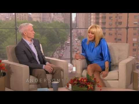 Suzanne Somers on Human Growth Hormone - YouTube