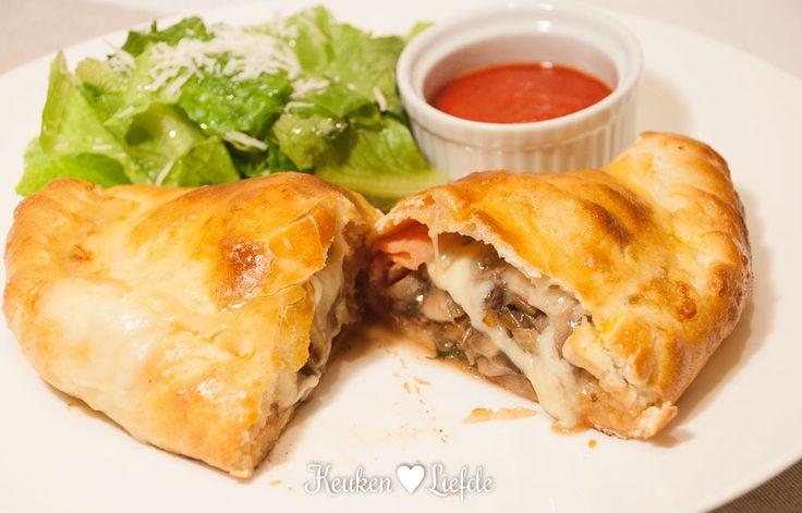 Mieks Special: calzone met ham en champignons - Keuken♥Liefde