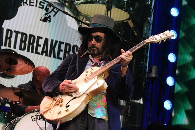 """Petty called Mike Campbell one of rock's """"truly great guitarists."""