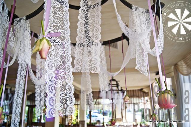 dekoracje pod sufitem wesele