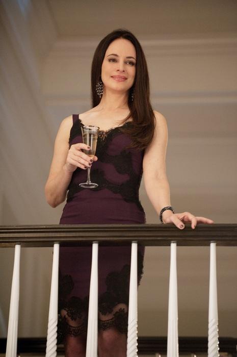 1000 Images About Dressed For Revenge On Pinterest Madeleine Stowe Revenge Season 4 And Tvs