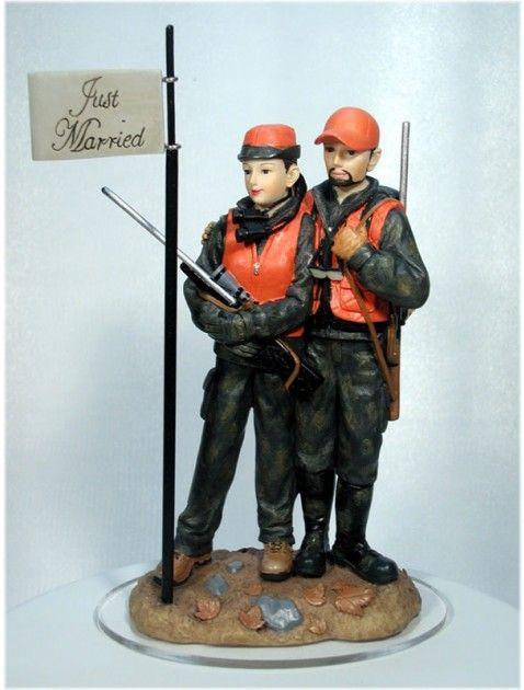 groom bride wedding cake top shotgun rifle gun firearm hunt hunting camouflage vest bow arrow crossbow target