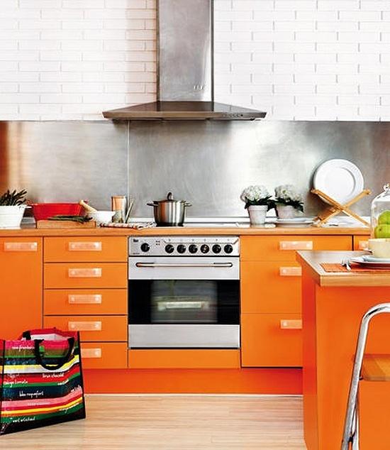Yellow And Orange Kitchen: Planete Deco, Deco Y Idée