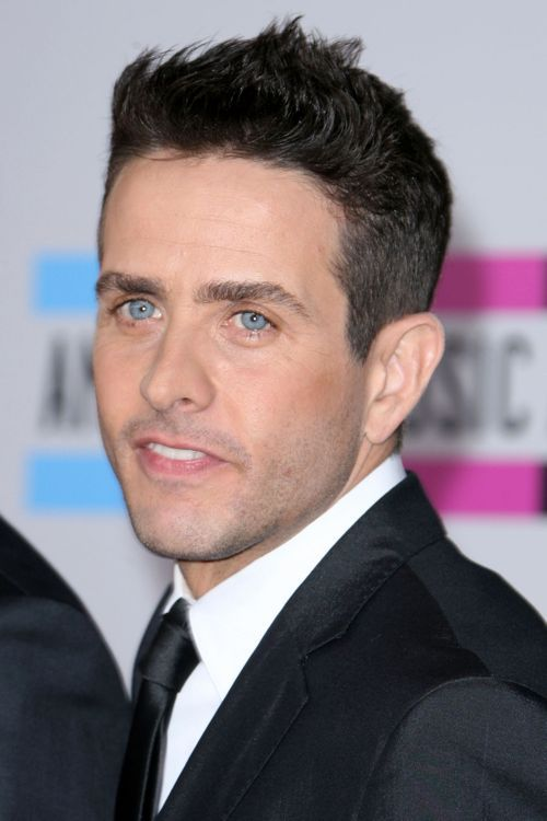 Joey McIntyre - 2011. I mean seriously... Look at those eyes!