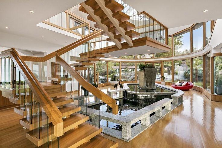 """Фото: """"Плавающая лестница"""" в доме в городе Виктория, Канада  http://ru.beautiful-houses.net/2016/06/staircases.html"""