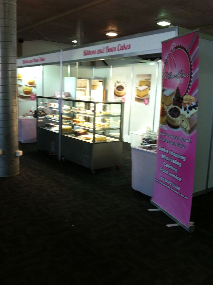 Ribbons and Bows Cakes at the Melbourne Cake Expo 23 & 24 Nov @ the Showgrounds -it's going to be a busy weekend!