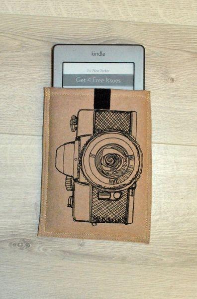 Pokrowiec na czytnik/tablet Aparat w Malina Crafts na DaWanda.com