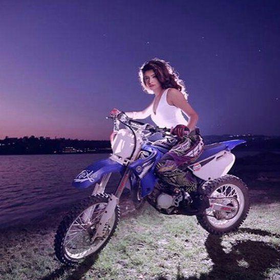 Hot and Stylish Rina Charaniya @rinacharaniya on bike... . @PUNJABIMEDIA . #punjabimedia #pollywood #punjabi #jatt #amritsar #ludhiana #jalandhar #chandigarh #punjabi #punjabiswag #punjabigirl #bathinda #patiala #punjabiactress#rinacharaniya by punjabimedia