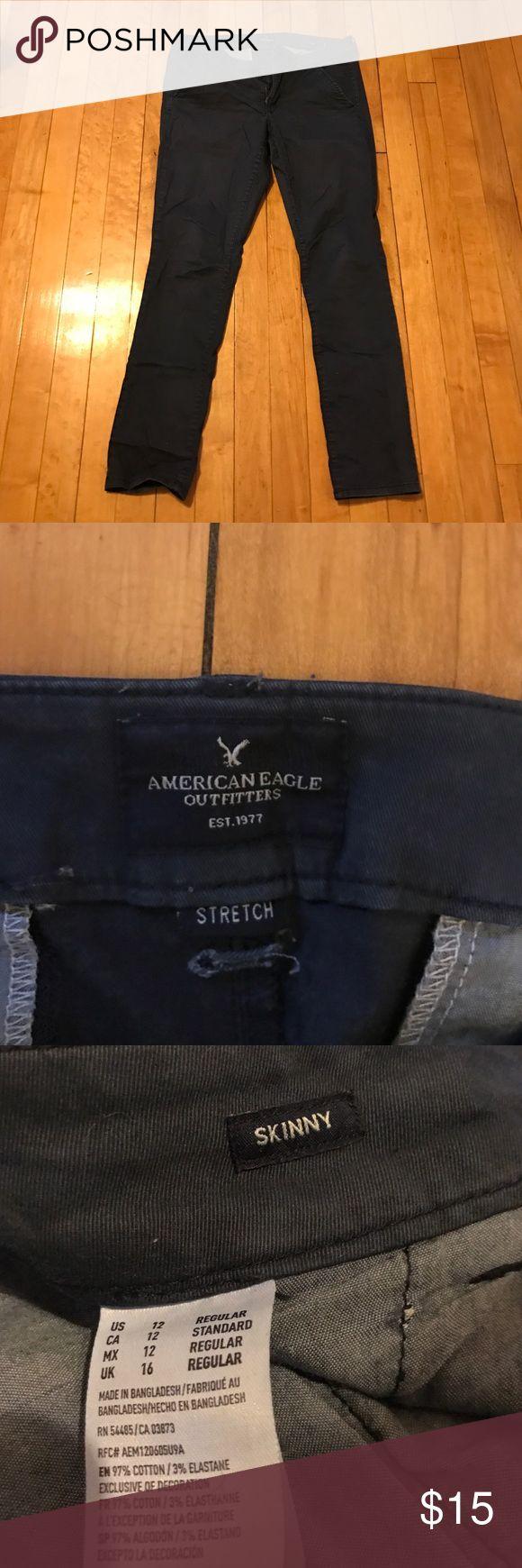 Women's navy khaki skinny American eagle pants Skinny American eagle khaki pants American Eagle Outfitters Pants Skinny