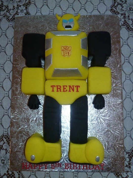 Bumblebee cake (without the fondant)