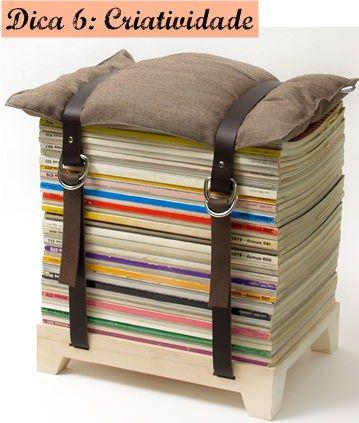 Old magazine bench / banco com revistas velhas