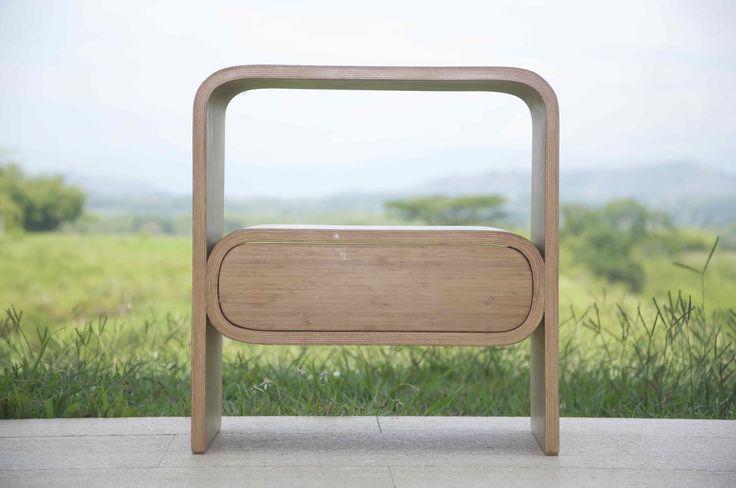 Nombre: Mesa Burbuja  Diseño: Nicolas Estrada G.  Pereira, Colombia.  https://www.facebook.com/negodiseno/