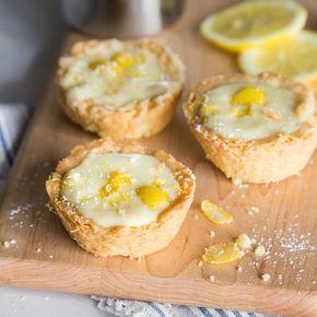Mini Zitronen-Tartes aus der Muffinform