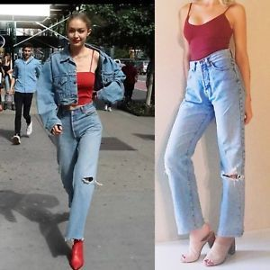 378b166287709 Vintage GUESS HIGH WAISTED MOM JEANS Distressed Light Wash 80s 90s Button  Fly   eBay