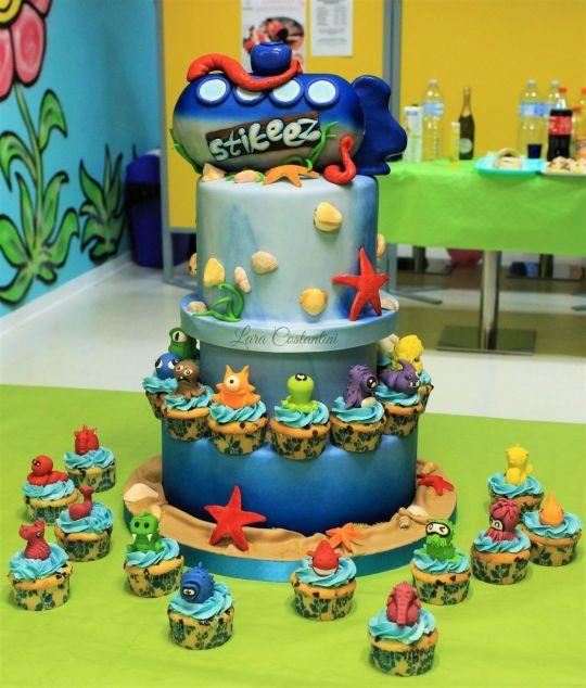STIKEEZ CAKE!!!