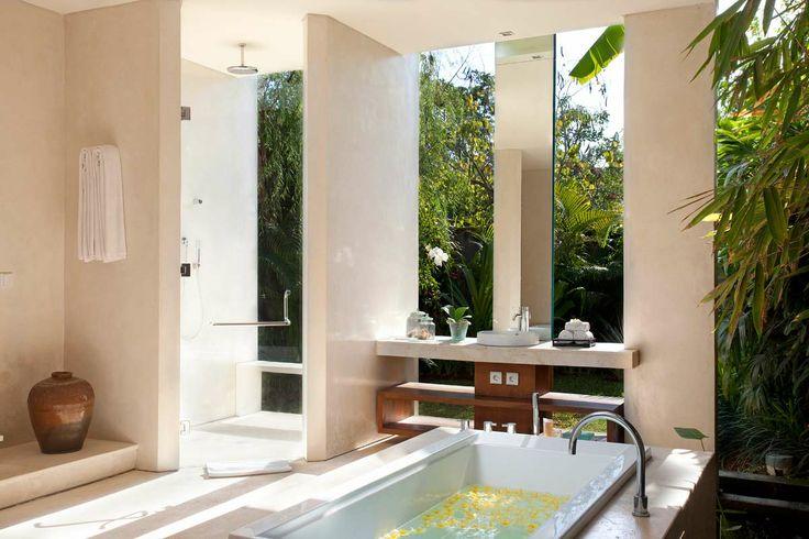 Bathroom 2 Villa Dewi Sri Bali
