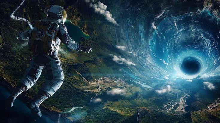"""""""Întâlniri misterioase în spațiul cosmic. În anul 1973, ca urmare a mai mult de 25 de ani de existenţă neîntreruptă a mii de mărturii privitoare la apariţii misterioase şi absolut inexplicabile pe cerul SUA şi nu numai, America lansează..."""""""