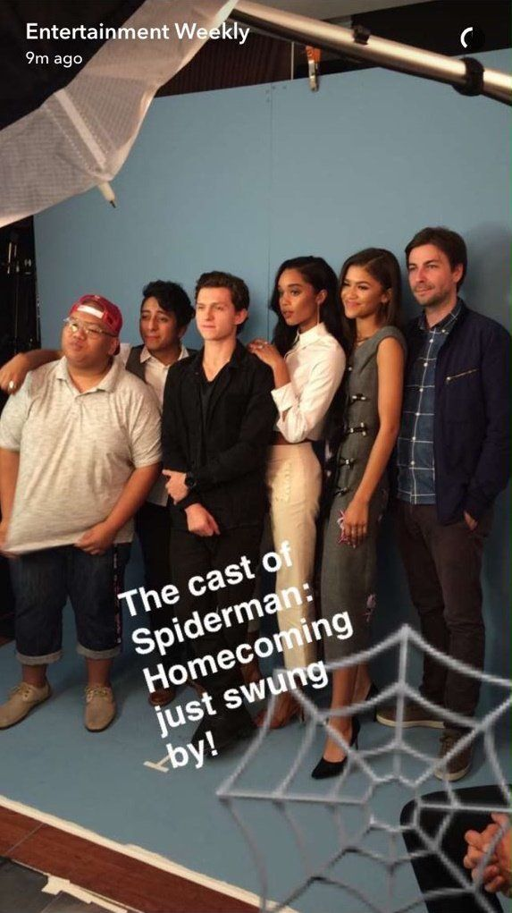 Zendaya with the cast of Spiderman Homecoming on Entertainment Weekly's snapchat #SDCC2016
