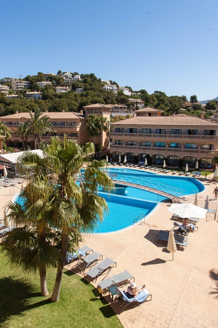 Located on the southwestern tipof the Balearic Island of Mallorca, Mon Port Hotel & Spa is a stone's throw from the beautifully picturesque Port d'Andratx. Mon Port Hotel & Spa (Mallorca Island, Spain) - Jetsetter