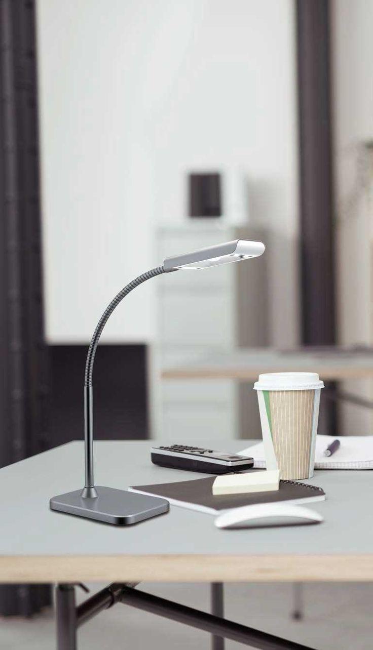 Επιτραπέζιο φωτιστικό - πορτατίφ - λαμπατέρ γραφείου LED με μεταλλική βάση και σώμα χρωμίου. BECK Collection της Viokef. -----------------------------Table lamp - LED desk lamp with metal base and chrome body. #reading #readinglight #readinglamp #desk #deskgoals #desklamp #readinglighting #ledlights #led #ledlighting