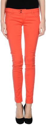 MET IN JEANS Casual pants - Shop for women's Pants - Coral Pants