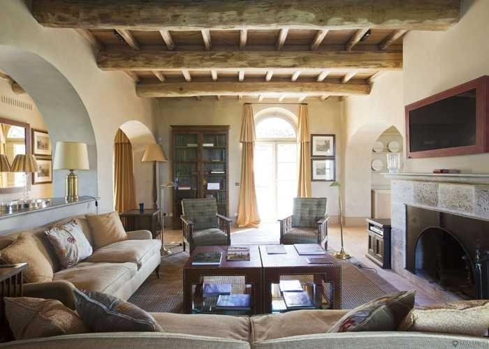 Villa TuscanyInterior ArchitectureFamily RoomsLiving RoomsItalian FarmhouseLuxury