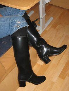afbeeldingsresultaat voor girls in rubber waders  stiefel