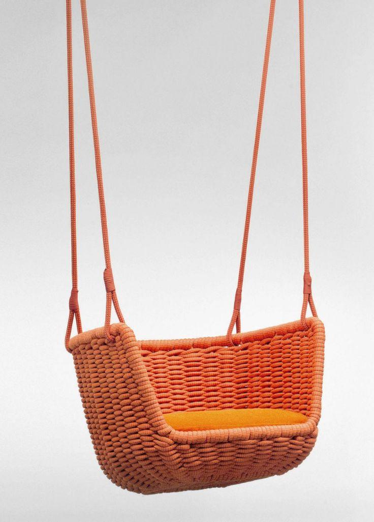 Garden hanging chair ADAGIO by Paola Lenti | #design Francesco Rota #orange @paola_lenti