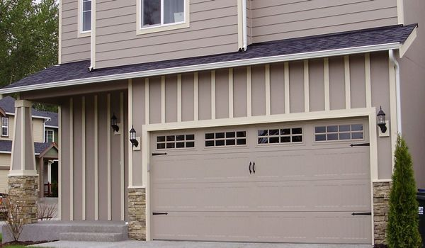 Our experienced techniques, top equipments and expertise ensure the best garage door repair services in Vancouver. Just give us a call to get professional help form Rio Garage Door Repair.