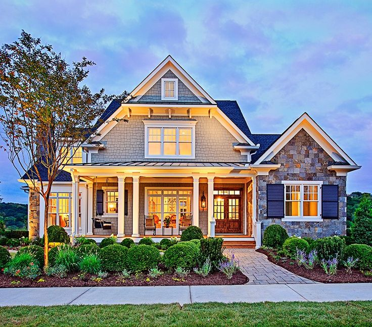 25 best ideas about craftsman style homes on pinterest for Four bedroom townhomes