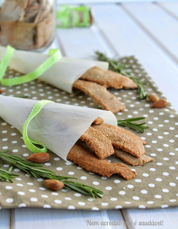 Nem acredito que é saudável!: Crakers de trigo sarraceno e alecrim (vegan, sem glúten). Buckwheat and rosemary crackers (vegan, GF)