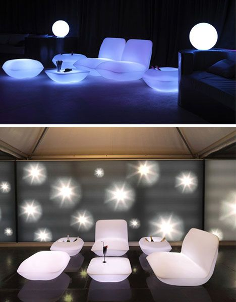 Glowing patio furniture. I want it!: Glow White, Lights Up Furniture, Outdoor Furniture, Late Night, White Lights, Patio Furniture, Sets Glow, Awesome Ideas, Furniture Sets