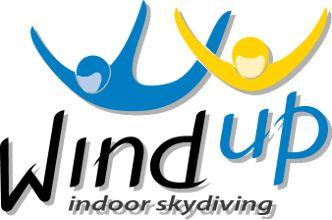 Túnel de vento Wind up Indoor Skydiving
