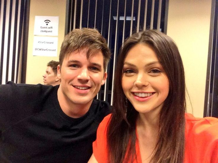 Thank you guys so much for joining us for live tweeting during the premier of #StarCrossed & keeping us trending xx pic.twitter.com/GebkaQC5Pv
