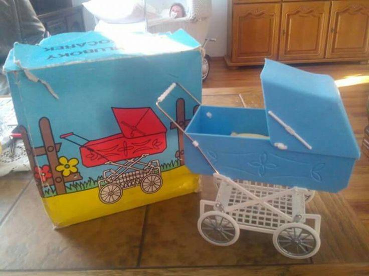 Plastový kočík pre mini-bábiky