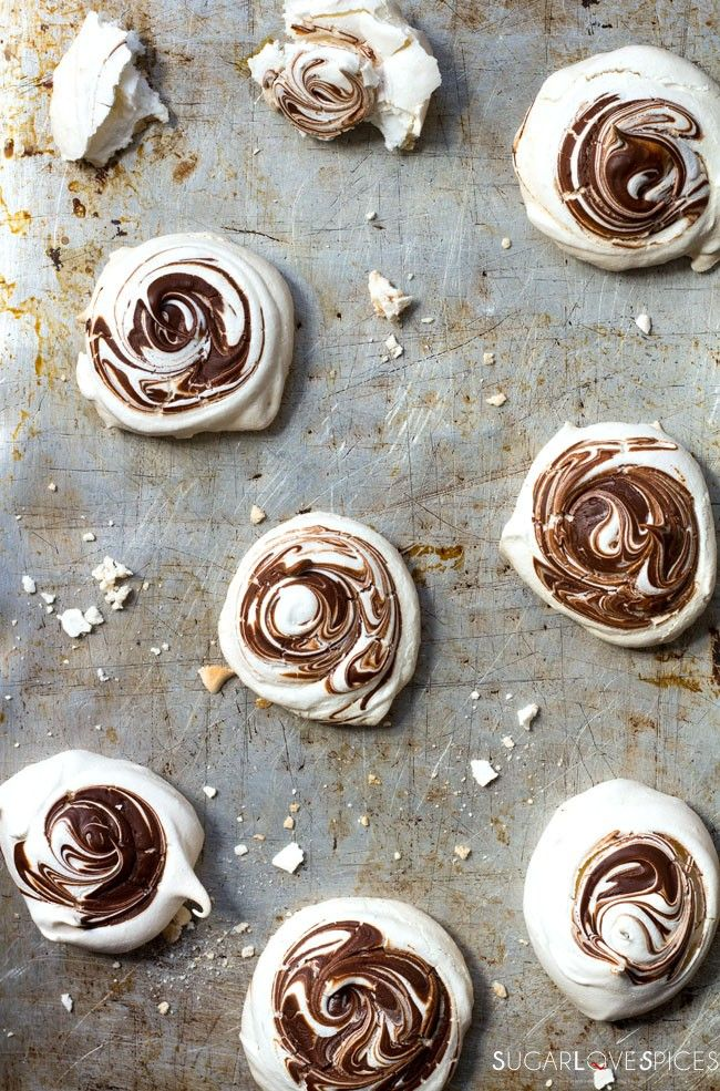 Dark Chocolate Swirled Meringues - SugarLoveSpices