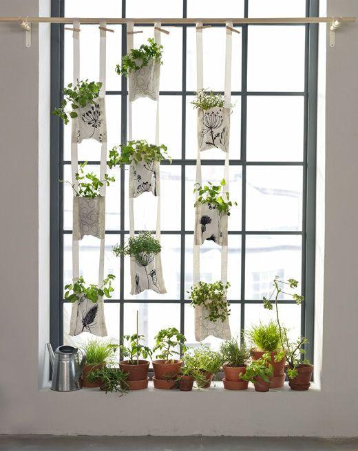 Tips til innendørs hagestell: en hengende hage i tekstillommer.