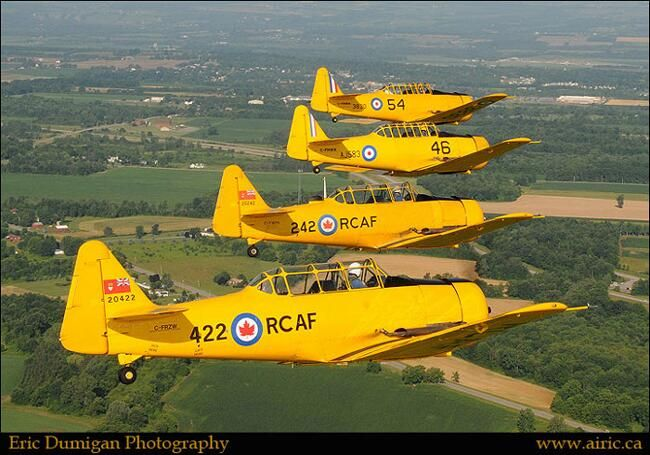February 29, 1952. Harvard Mk 4 20242 (C-FWPK) enters service with the RCAF. pic.twitter.com/7a2wifKg1Z