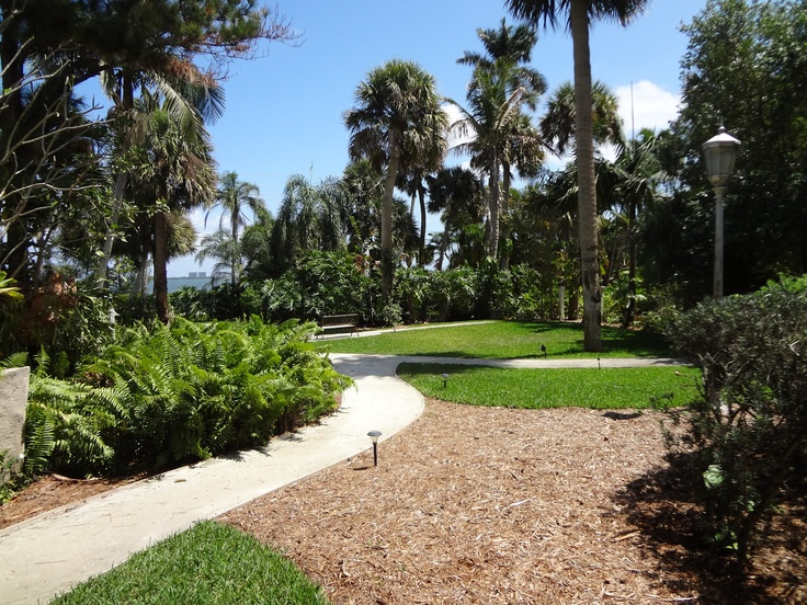 25 Best Therapeutic Gardens Images On Pinterest Landscape Architecture Design Landscaping And