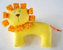 lion tag softie: Stuffed Lion, Lion Softies, Lion Tags, Baby Sewing, Machine Embroidery Design, Kitty Softies, Kitty Lion, Embroidery Designs, Baby Crafts