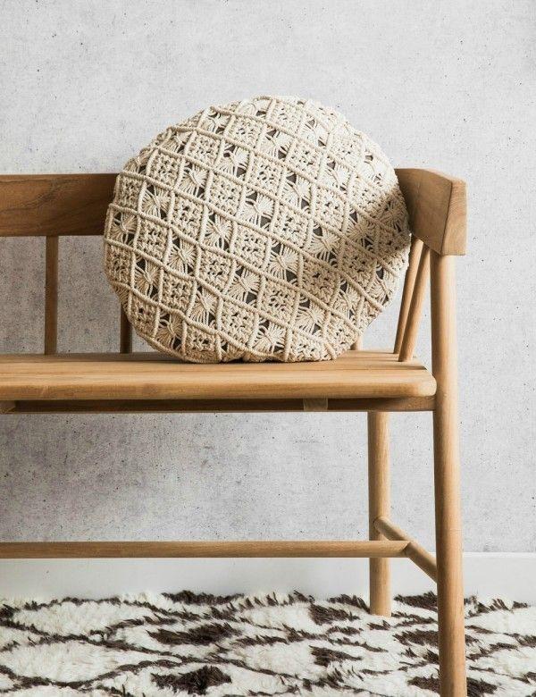 Circular Knitted Cushion