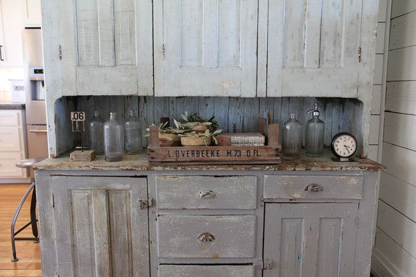 66 best fixer upper chip and jojo images on pinterest for Joanna gaines style kitchen