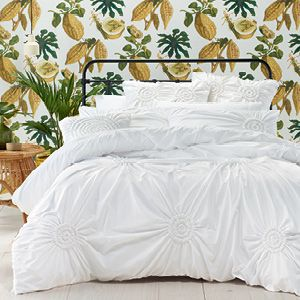 This fresh, white design is highlighted with superb ruching detail providing a relaxed and romantic air for the bedroom. Reminiscent of the Deep South, Savannah is the perfect foil for those long, hot summers. The quilt cover has button closure.