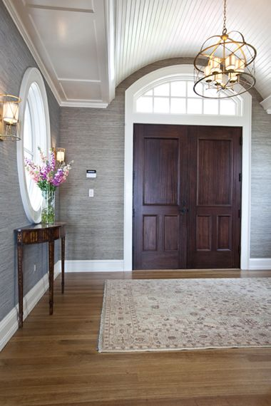 grey grasscloth walls in foyer