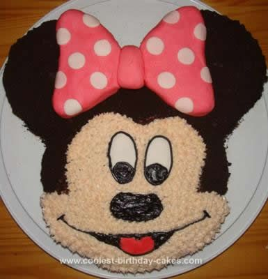How To Make A D Mickey Mouse Head Cake