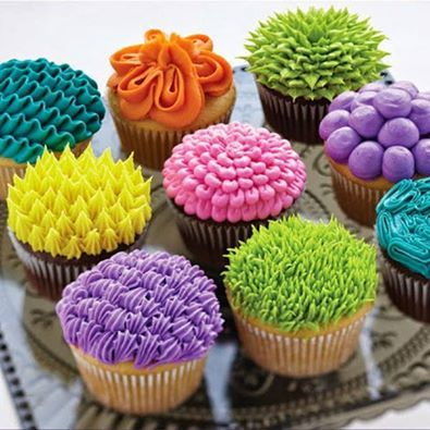 Cupcake Decorating Ideas For Guys : Wilton Cupcake Icing Techniques Sloan s second birthday ...