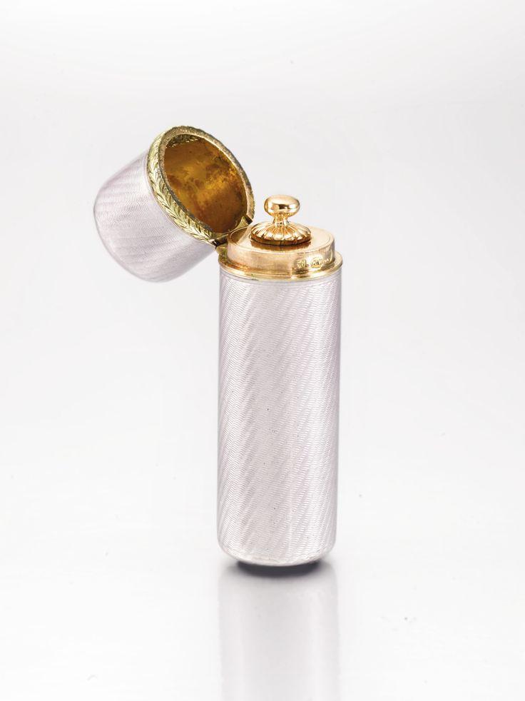 A Fabergé gold-mounted enamel scent bottle, workmaster Henrik Wigström, St Petersburg, 1908-1917 | Lot | Sotheby's