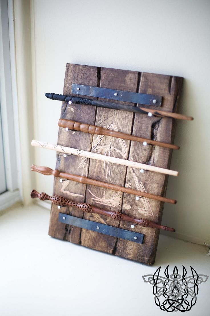 Best 25 harry potter wand stand ideas on pinterest for Elder wand display