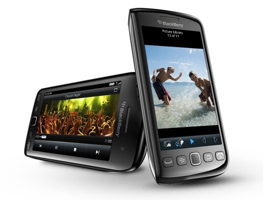 The BlackBerry Torch 9860 mobile phone is one of the rare BlackBerry phones without the QWERTY keypad and comes with a big 3.4 inch touch screen, which is its USP.